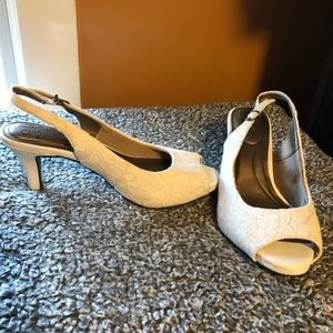 White lace heels - size 8